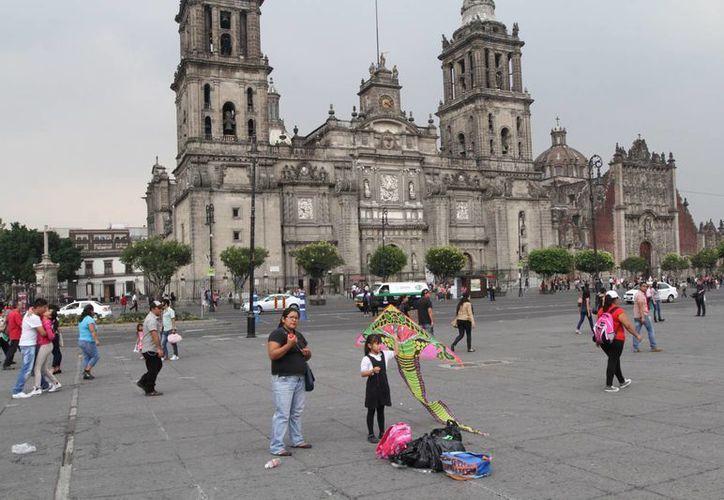 Imagen del Zócalo de la Ciudad de México, entidad que se desea que tenga autonomía propia. (Archivo/Notimex)