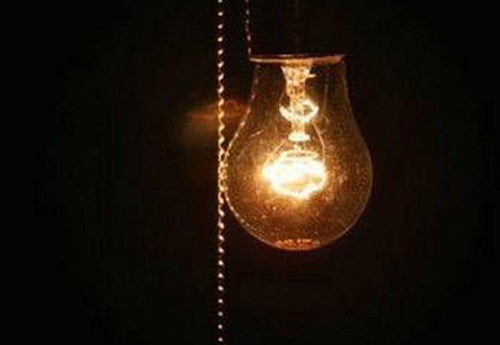 La iluminación ocupa el 20% del pago de energía eléctrica. (Foto de Contexto/Internet)