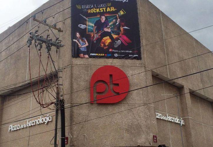 La plaza de la tecnología será la sede de la 'Guerra de bandas' para elegir a la agrupación yucateca que acompañará a Panteón Rococó en su concierto en Plaza Condesa en unos meses. (Milenio Novedades)