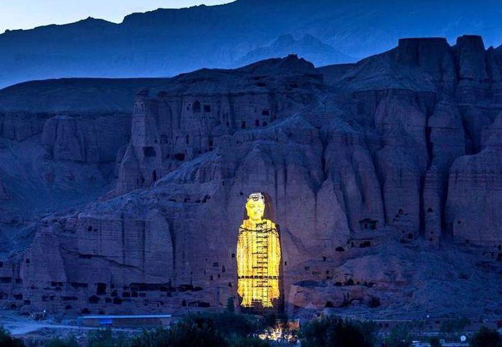 Imagen de la proyección 3D de los budas en Afganistán. (Xinhua)