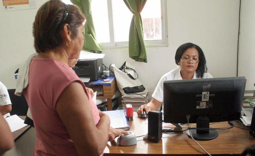 Las mujeres han presentado más casos de tumores malignos. (Tomás Álvarez/SIPSE)