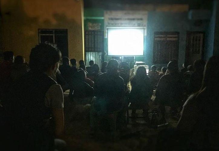 El club Rotaract inició en esta semana el programa de proyección de cine para niños. (Octavio Martínez/SIPSE)