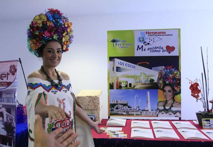 Los agentes de Centroamérica recorrieron los 22 hoteles de Chetumal. (Harold Alcocer/SIPSE)