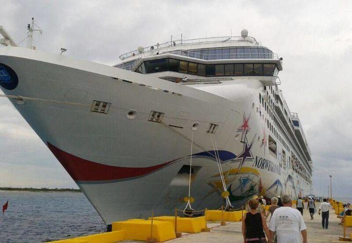 """Antes del paso huracán """"Dean"""", en 2007, el puerto """"Costa Maya"""" de Majahual ocupaba el segundo lugar en México en recepción de cruceros. (Harold Alcocer/SIPSE)"""
