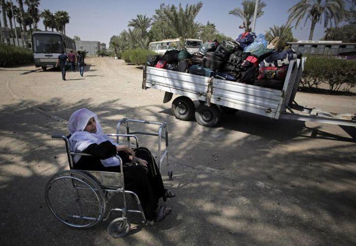 ONU estima que unas 140 familias palestinas han perdido al menos a tres de sus integrantes en el mismo incidente violento en la Franja de Gaza. (AP)
