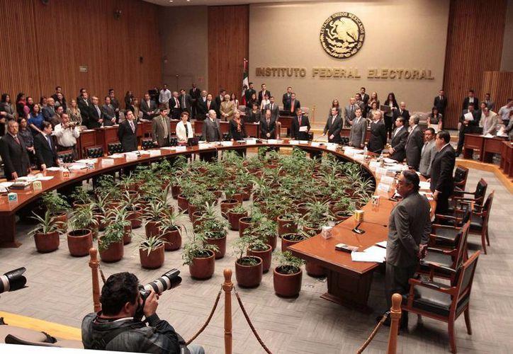 La máxima autoridad electoral exige a la Cámara de Diputados elegir a la brevedad a un consejero. (Notimex)