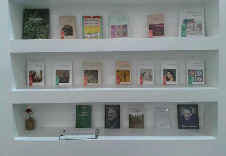Ejemplares de escritores yucatecos serán ofertados en la FILA 2017. (Imagen tomada de Facebook/Sedeculta)