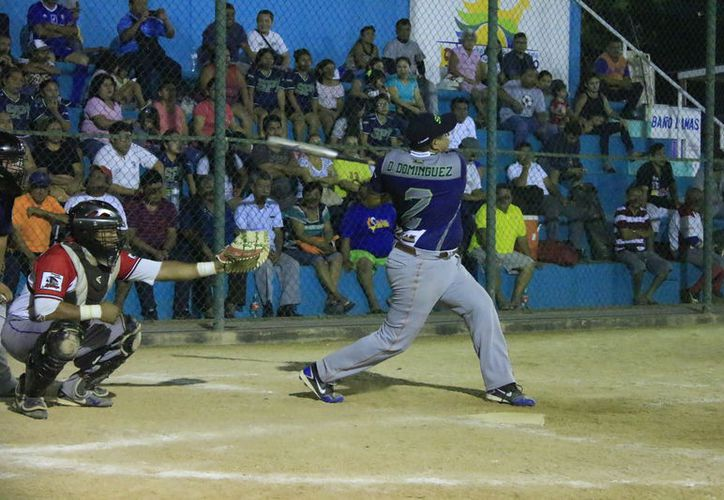 Xul-Há pasó por encima 20-7 a los Indios de Chetumal en el inicio de los playoff de primera fuerza. (Miguel Maldonado/SIPSE)