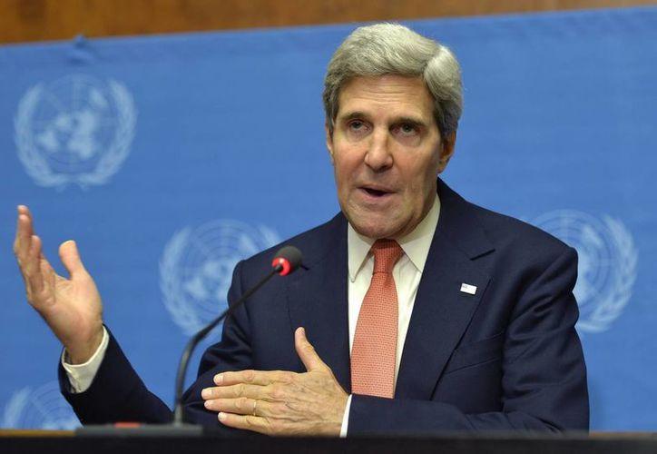 El secretario de Estado estadounidense, John Kerry, ofrece una rueda de prensa en la que habló sobre las armas químicas en Siria. (EFE)