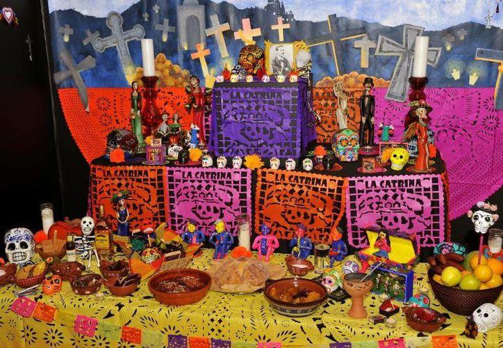 En diferentes lugares de Cozumel se colocarán altares y se harán diferentes actividades culturales. (Contexto/Internet)
