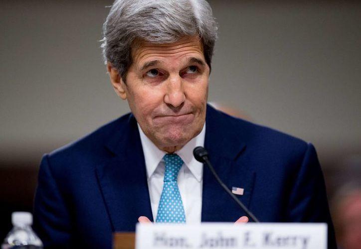 El secretario de Estado John Kerry habla durante una conferencia de prensa este lunes en el Departamento de Estado en Washington, sobre el informe 2015 sobre la trata de personas en el mundo. (Foto AP/Andrew Harnik)