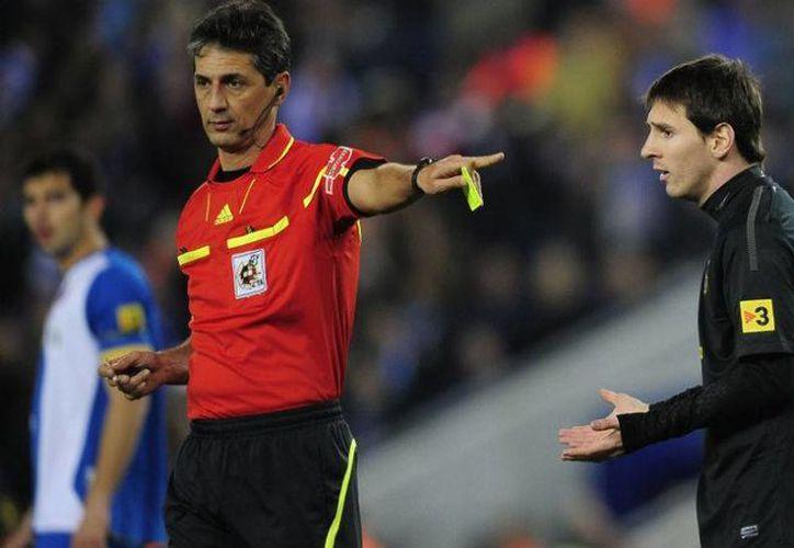 Según la Fiscalía de Barcelona, Messi no reportó a la Agencia Tributaria de España ingresos desde cuentas bancarias de Suiza o Reino Unido. (Archivo/diadia.com.ar)