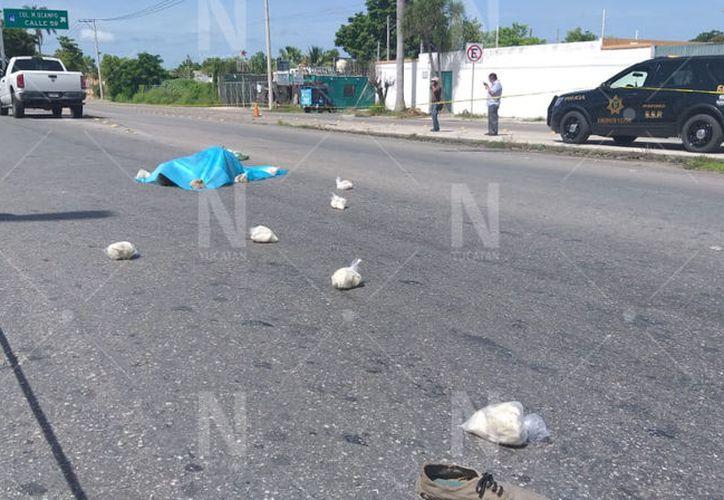 Hasta el lugar del incidente llegaron familiares de la víctima. (Novedades Yucatán)