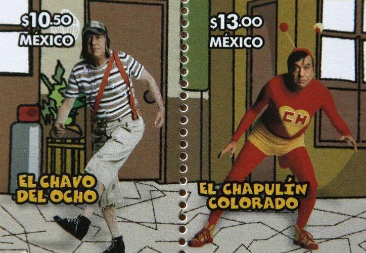 Timbre postal de personajes de Chespirito, quien falleció este viernes. (AP)