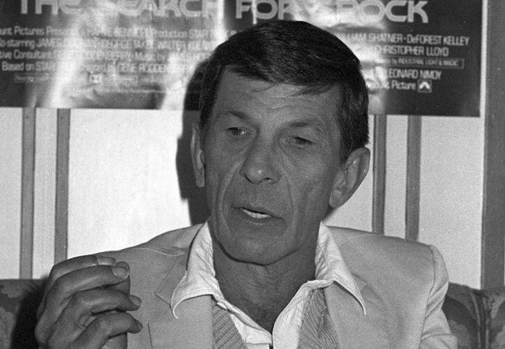 El papel del señor Spock marcó profesionalmente a Leonard Nimoy, pese a sus esfuerzos por no encasillarse y que le llevaron a buscar otras vías creativas en el teatro, literatura o fotografía. (EFE/Archivo)