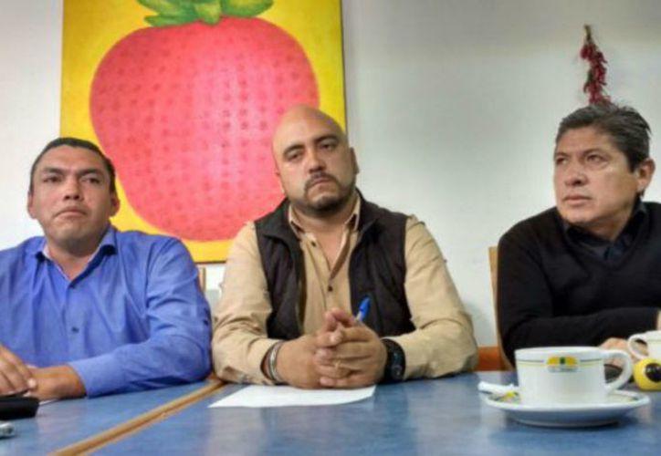 Integrantes de la organización Ciudadanos Uniformados. (Foto: Proceso)