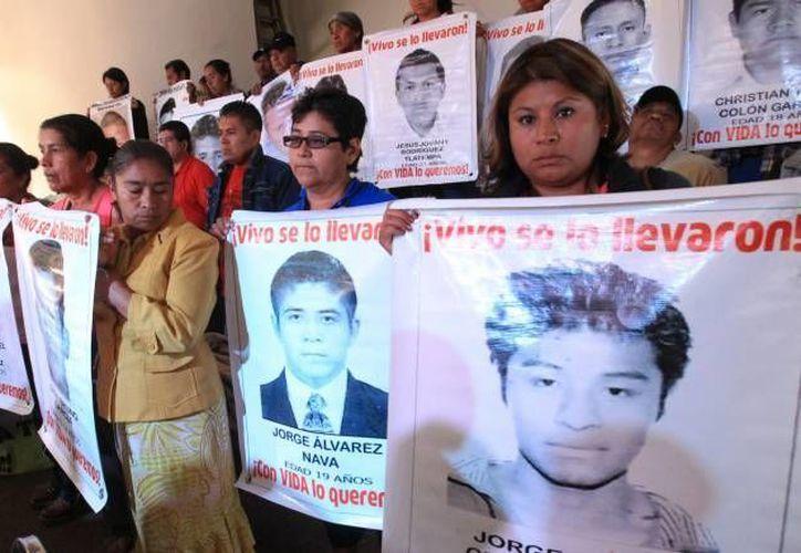 México, azotado por el crimen organizado, vive una crisis política tras la desaparición de 43 estudiantes normalistas en Iguala, Guerrero. (Archivo/EFE)