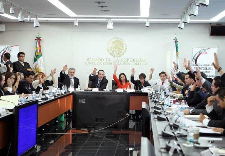 Otros temas que tocará el Senado son: cambios en materia de catastro y deudas de estados y municipios. (Agencias)