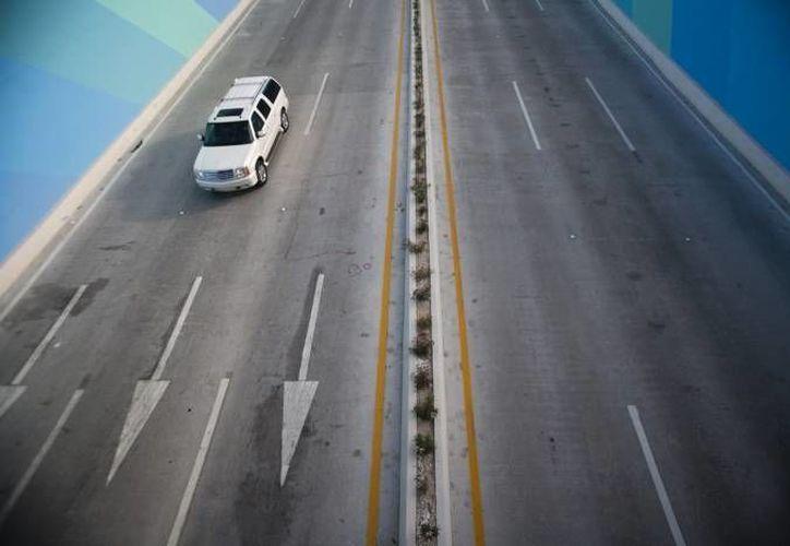 Una de las construcciones planeadas es la carretera Durango-Mazatlán. (SIPSE/Foto de contexto)