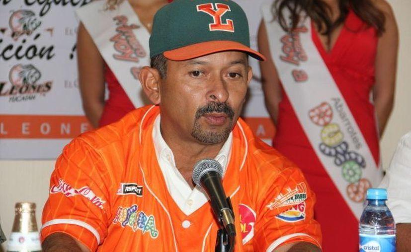 """Daniel Fernández """"refrescó"""" al cuerpo técnico del Yucatán. (SIPSE)"""