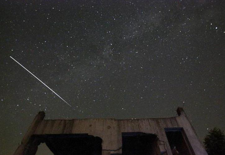 La lluvia de estrellas, conocida como Perseidas, es la más famosa del año; podrá verse en Yucatán. (Foto: AP)