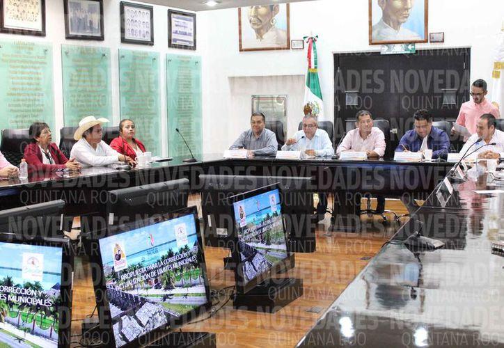 Se aseguró en la reunión que iniciarán los trabajos para realizar la rectificación correspondiente. (Javier Ortiz/SIPSE)