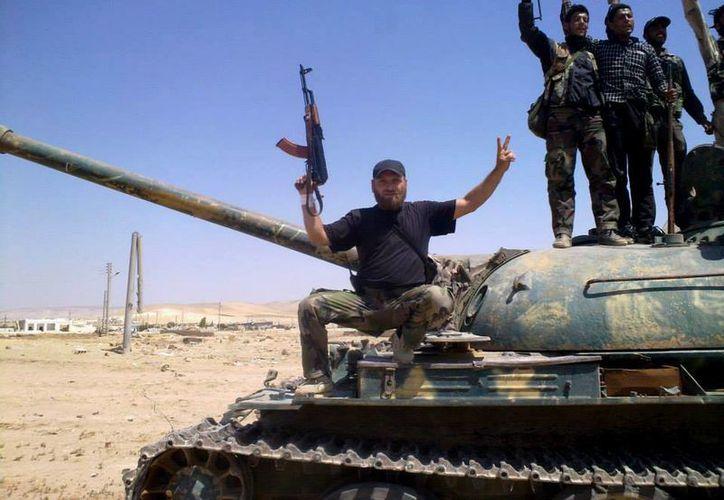 Se pretende acelerar la formación de los combatientes rebeldes, lo que no ha ocurrido con el programa de la CIA. (AP)