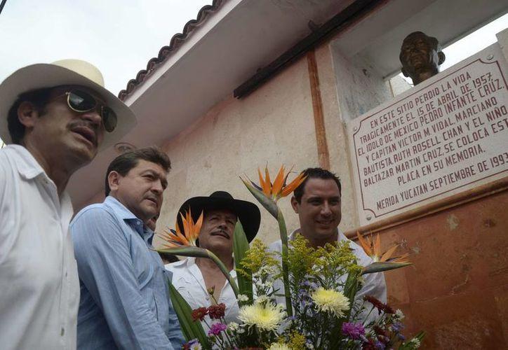 Gente de Baja California ha llegado a conocer el sitio exacto donde murió Pedro Infante. (Archivo/SIPSE)