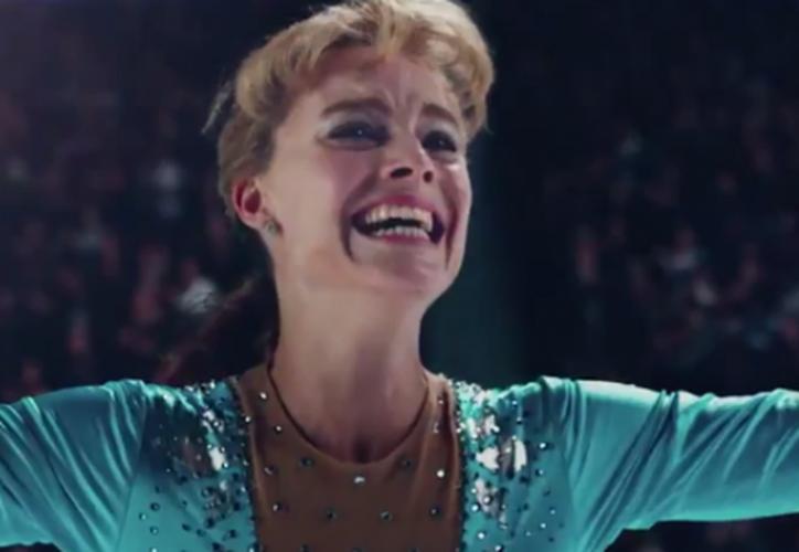El filme se centra en la patinadora Tonya Harding quien estuvo acusada de ser la autora intelectual de una agresión contra su contrincante Nancy Kerrigan. (Twitter)