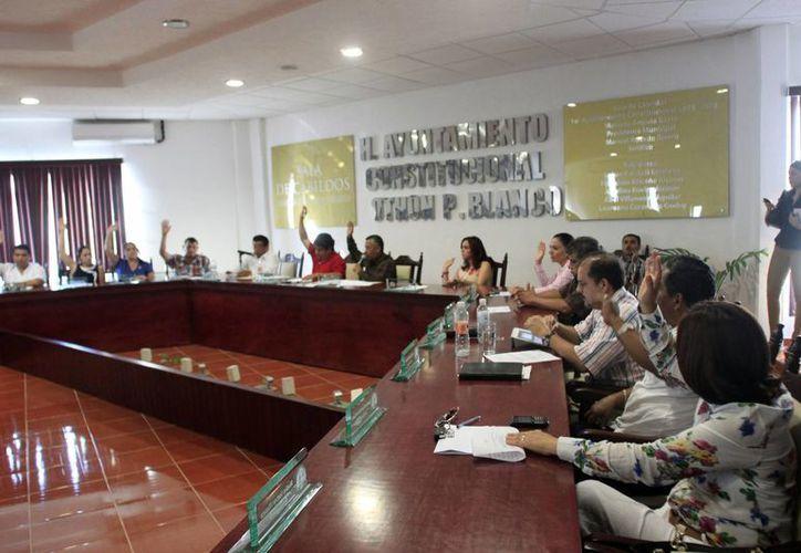 El concejal Rivelino Valdivia Villaseca considera que las comparecencias sirven para preservar la legalidad. (Enrique Mena/SIPSE)