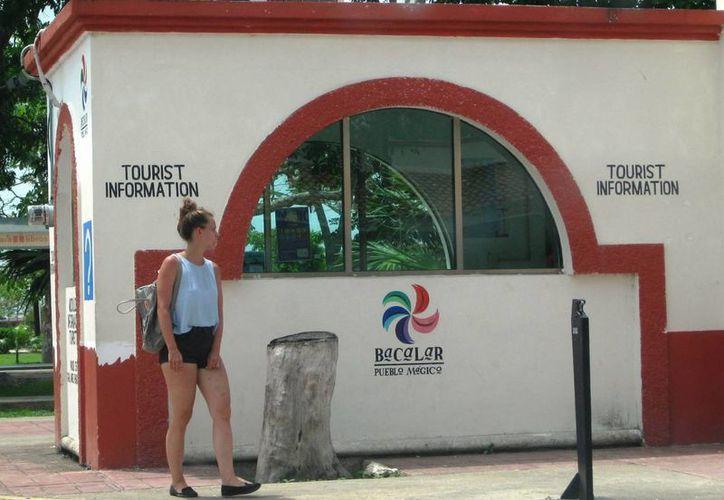 Los prestadores de servicios de Bacalar deberán esforzarse para no perder la hegemonía como Pueblo Mágico. (Redacción/SIPSE)