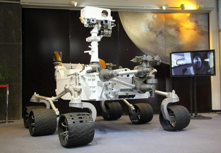 En la imagen, una réplica del robot Laboratorio de Ciencia en Marte Curiosity (MSL-Curiosity) que se encuentra explorando Marte. (EFE/Archivo)