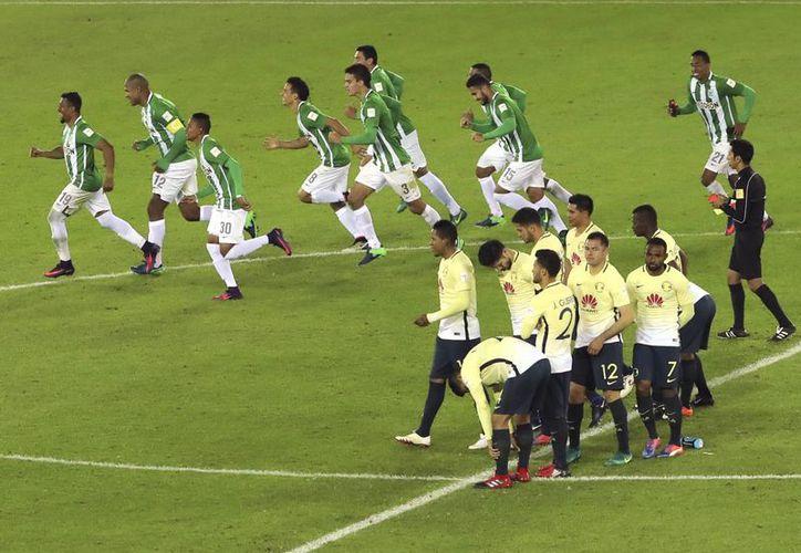 El América volvió a fracasar en el Mundial de Clubes tras caer en tanda de penales ante el Atlético Nacional de Colombia.(Eugene Hoshiko/AP)