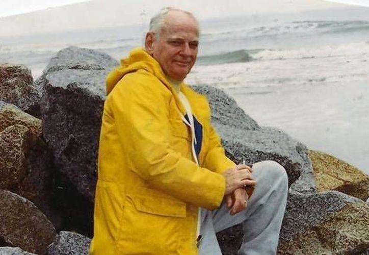 El hijo de 'Chuck' Foley, Mark, dijo que Twister no fue el primer invento de su padre ni el último. (latimes.com)