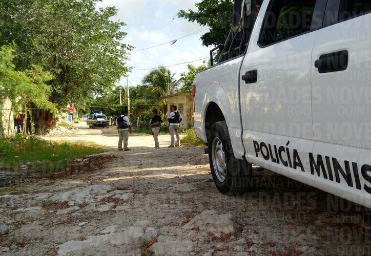 La Policía Ministerial arribó a la zona para realizar las investigaciones correspondientes. (Eric Galindo/ SIPSE)