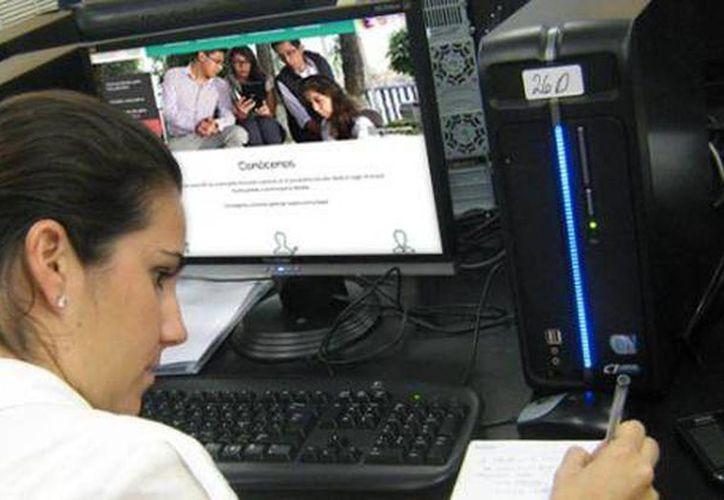 La plataforma de aprendizaje de la Prepa en línea está disponible durante las 24 horas del día, y funciona durante los 365 días del año. (Milenio Novedades)