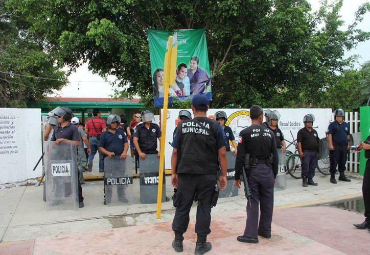 Finalizaron  las votaciones con  tranquilidad en el municipio. (Rossy López/SIPSE)