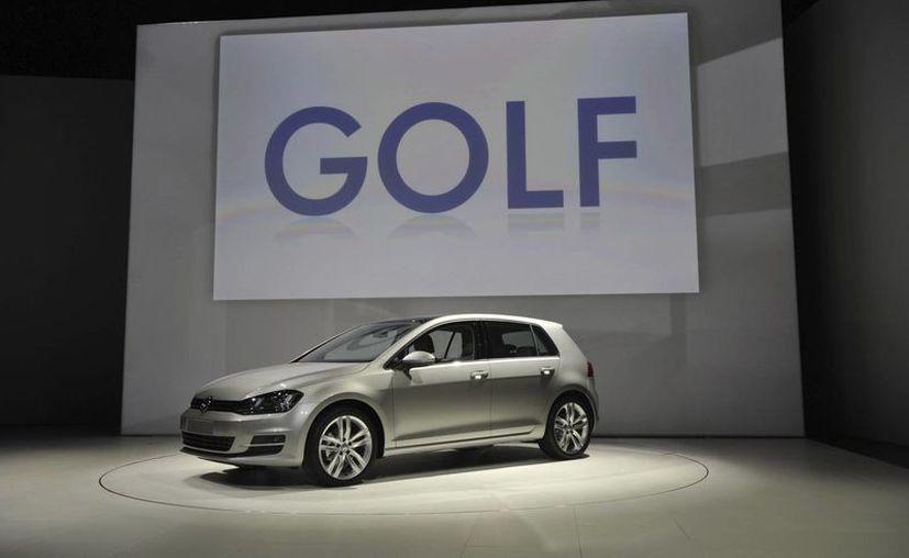 Vista general del nuevo Volkswagen GOLF presentado en el Salón Internacional del Automóvil de Nueva York. (EFE)