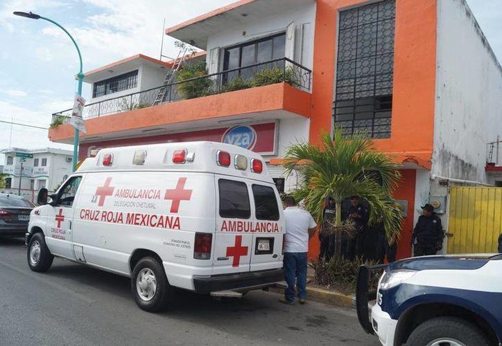 El empleado de seguridad de la oficina de la Profeco en Chetumal resultó herido por impedir que ingresen ladrones. (Redacción/SIPSE)