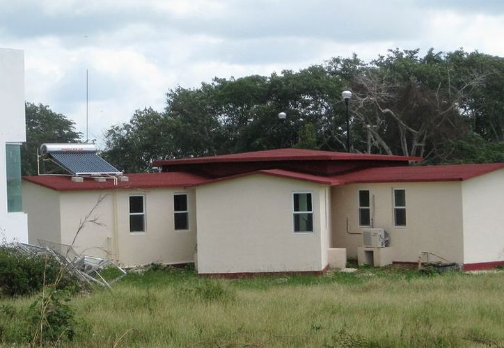 La Casa Internacional del Escritor tiene capacidad para 40 personas y se encuentran Bacalar. (Daniel Tejada/SIPSE)
