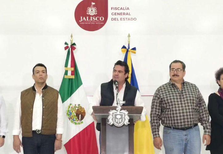 El gobernador Aristóteles Sandoval, dio a conocer en rueda de prensa las primeras revelaciones del caso. (Internet)