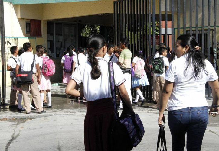 El crecimiento de Quintana Roo en nivel secundaria fue menor que en primaria. (Tomás Álvarez/SIPSE)