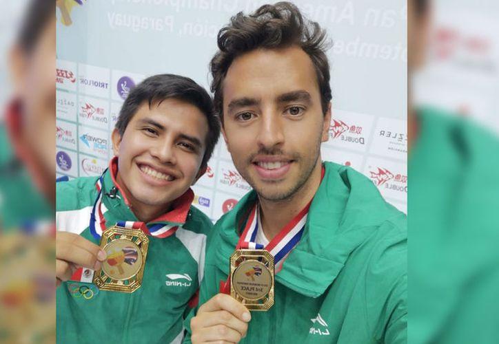 Ricardo Villa Can (izquierda) consiguió la presea para México. (Foto de cortesía)