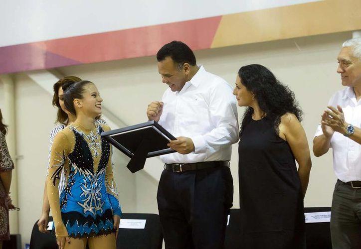 El gobernador Rolando Zapata Bello inauguró la justa deportiva, en la que participan competidores de Yucatán, Nuevo León, Veracruz y Tamaulipas.(Milenio Novedades)