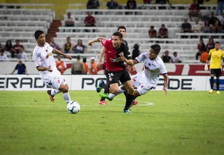 En duelo de sotaneros, Atlas derrotó 1-0 al Veracruz. (noticiastech.net)
