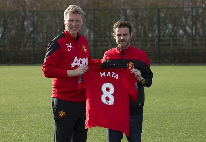 La última vez que Mata jugó en el estadio de Old Trafford, anotó el gol con que Chelsea le ganó 1-0 al equipo local. (Agencias)