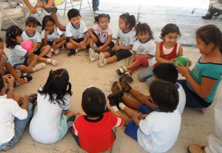 Fomentan en los  niños las habilidades comunicativas. (Cortesía/SIPSE)