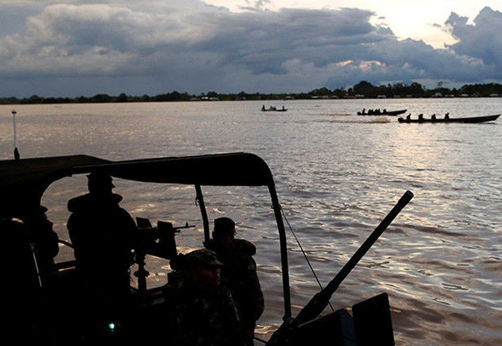 Ante la magnitud de la emergencia, el presidente Juan Manuel Santos, ha cancelado la agenda prevista para esta jornada. (Bruno Kelly/Reuters)
