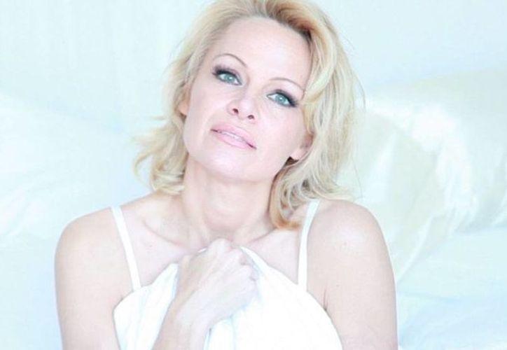 Pamela Anderson se divorció otra vez, pero se embolsó un millón de dólares que su ahora exesposo Rick Salomon tuvo que pagar. (pamelaandersonfoundation.org)