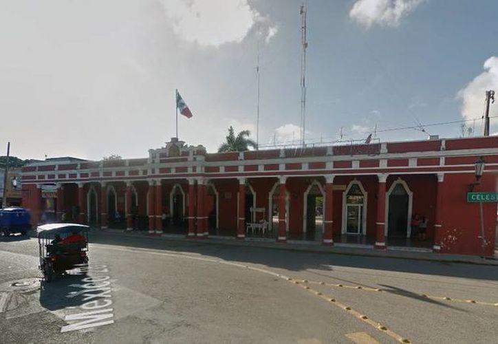 El TEEY resolvió por unanimidad que el Ayuntamiento de Hunucmá actuó legalmente al separar de su cargo a una regidora acusada de corrupción. (Google Maps)